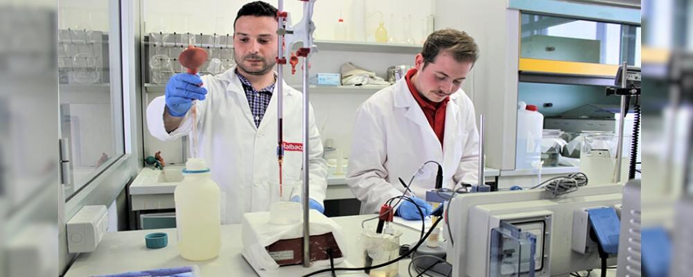 laboratorio chimico azienda calabrese specializzata nella lavorazione dell'alluminio