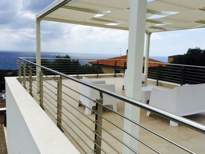 ringhiere in alluminio per balconi e terrazze in zone di mare