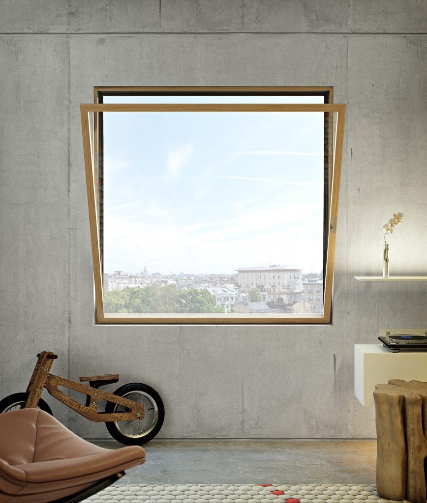 finestra con infissi e apertura a vasistas, cioè verso l'interno