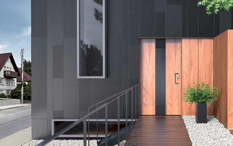 Portoncini d'ingresso e portoni in alluminio effetto legno