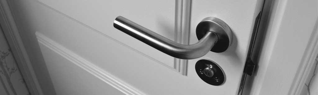 porte interne moderne in alluminio